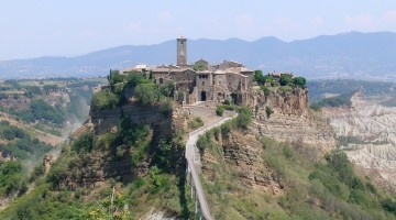 bagnoregio_civita_panorama_cropped