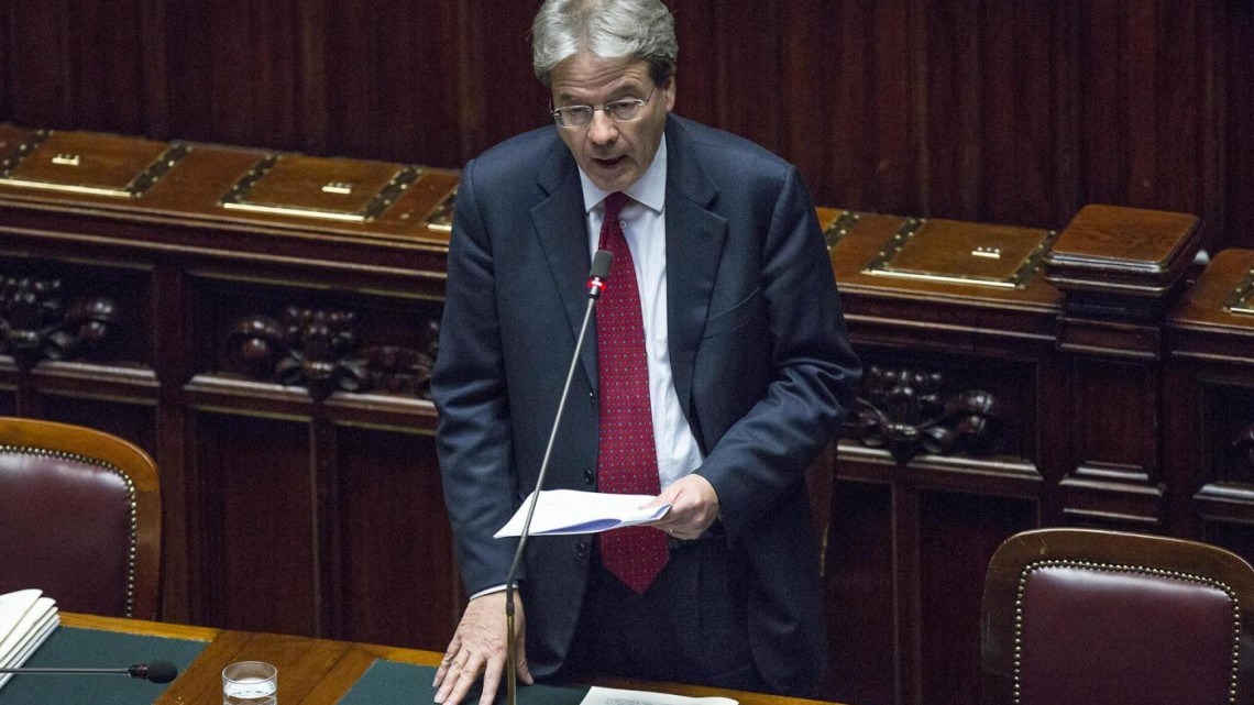 Foto Roberto Monaldo / LaPresse 16-01-2015 Roma Politica Camera dei Deputati - Informativa urgente del Governo sulla liberazione di Greta Ramelli e Vanessa Marzullo Nella foto Paolo Gentiloni  Photo Roberto Monaldo / LaPresse 16-01-2015 Rome (Italy)  Chamber of Deputies - Report by the Government on the liberation of Greta Ramelli and Vanessa Marzullo In the photo  Paolo Gentiloni